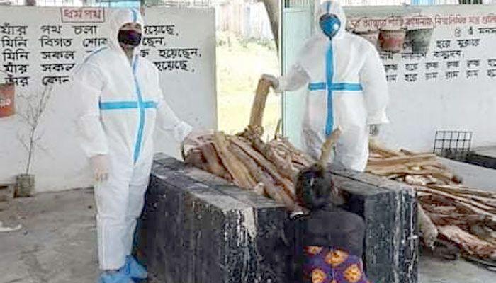 বেগমগঞ্জে সনাতনধর্মীকে দাহ করলো পুলিশ !